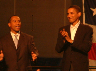 DEVAL PATRICK CAMPAIGNS AT ROXBURY COMMUNITY COLLEGE. BARACK OBAMA ATTENDS THE RALLY IN SUPPORT. (2006)